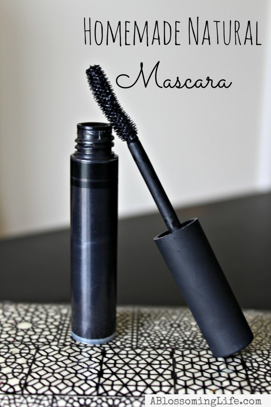 natural homemade mascara on a patterned plate