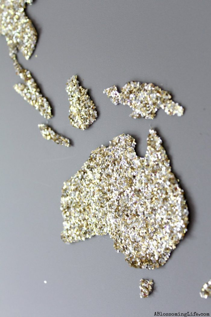 DIY World Map Glitter Art 1