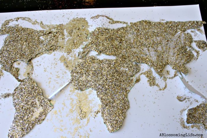 DIY World Map Glitter Art 6