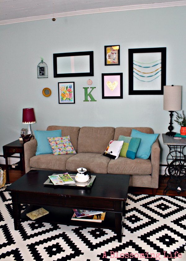 5 Ways to Create an Inexpensive Gallery Wall