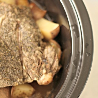Easy Crockpot Pot Roast