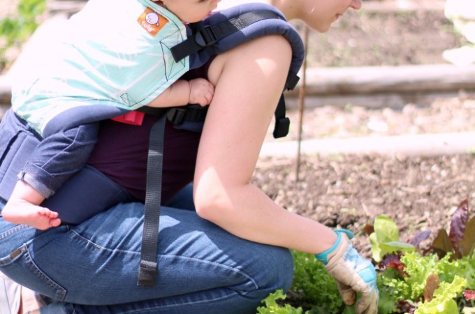 How To Garden With A Baby