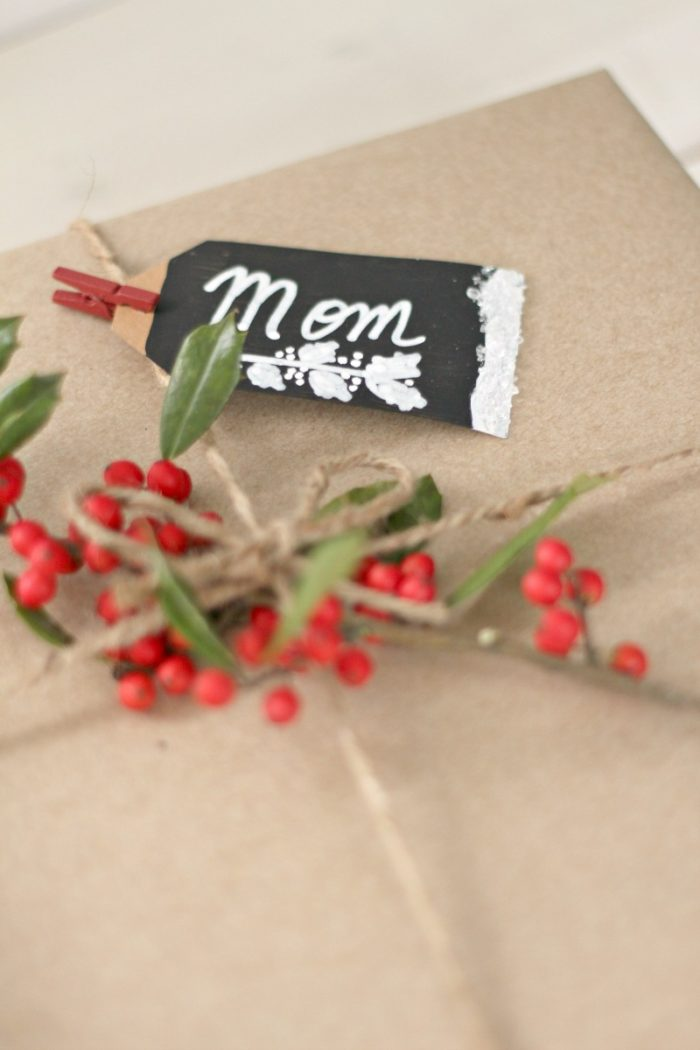 gift-wrap-with-greenery-and-homemade-tags